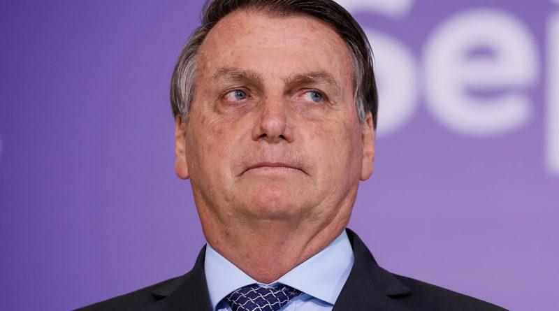 """""""Vamos chorar até quando?"""", diz Bolsonaro ao elogiar agricultores"""