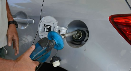 Preço da gasolina aumenta pela sexta vez em 2021; confira valores