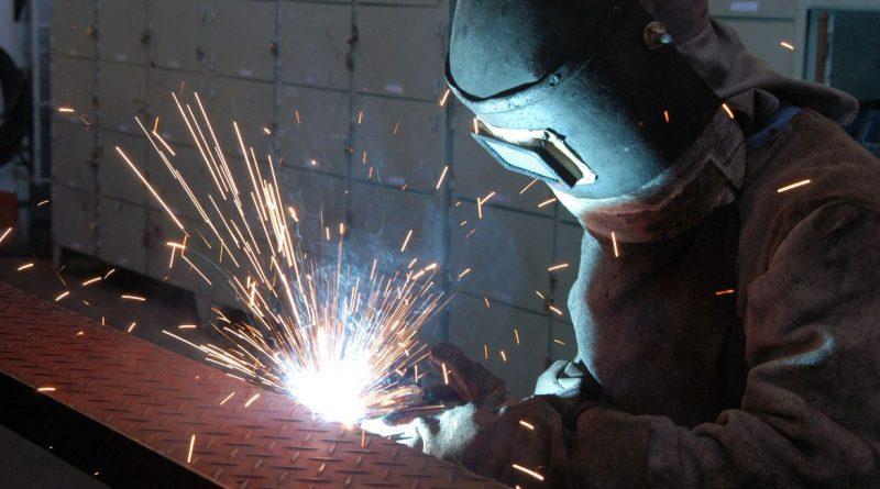 Atividade industrial no Rio Grande do Sul sobe pelo terceiro mês